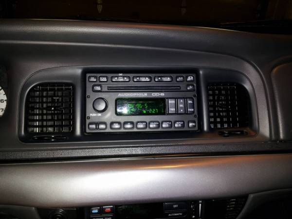 Factory Ford Escape in dash 6-CD changer installed [Archive ...